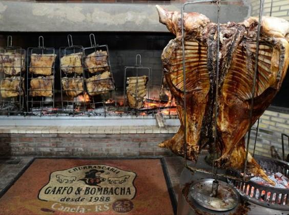 Garfo e Bombacha - Foto 3 de 1