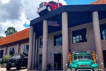 American Old Trucks - Museu do Caminhão